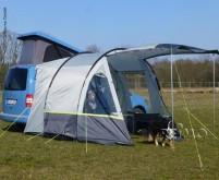 Tour Auvent compact pour mini-campeurs
